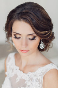 http://bmodish.com/10-beautiful-wedding-day-makeup-ideas